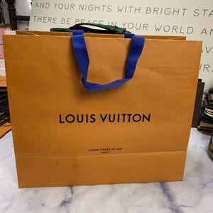 Louis Vuitton Party Supplies - LOUIS VUITTON gift bag